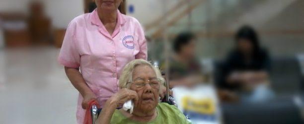 perawat lansia